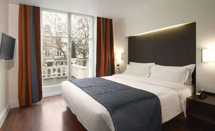 <strong>England Hotels Boutique - THE CAESAR HOTEL LONDON</strong>