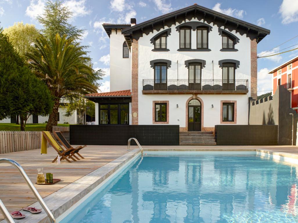 <strong>Casa Rural de Alquiler Completo Etxelaia Cerca de la Playa Rusticae</strong>