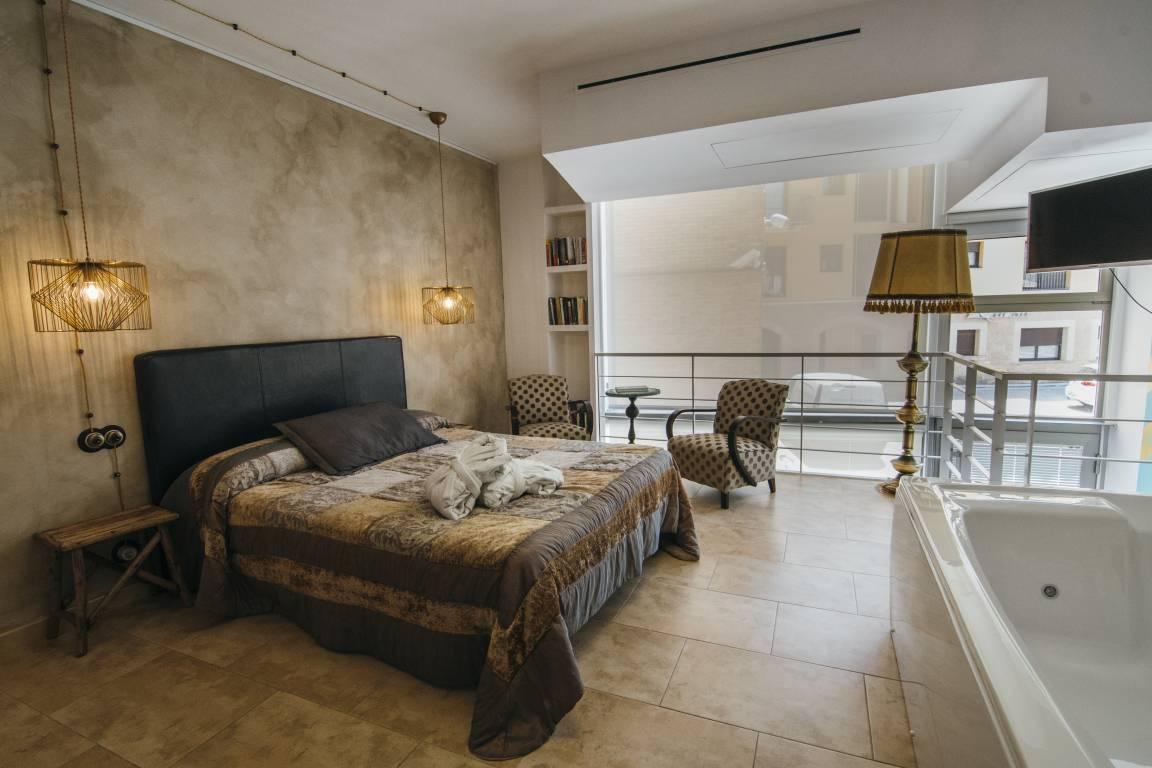 <strong>Cheap Boutique Hotel Casa dels Abeuradors</strong>