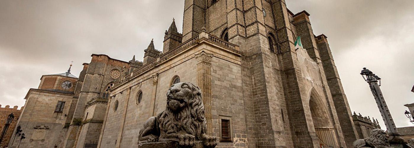 Ávila en éxtasis, Visita las Edades del Hombre y vive el V Centenario del nacimiento de Santa Teresa de Jesús.